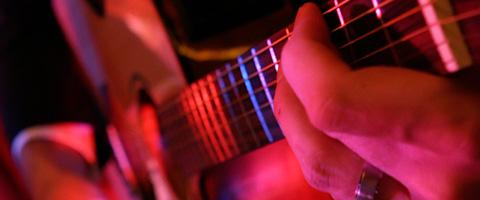 Daniel Schroth, Gitarre